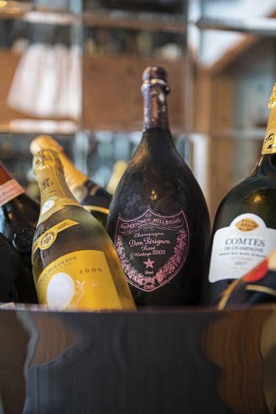 la_piazza-bar-wine