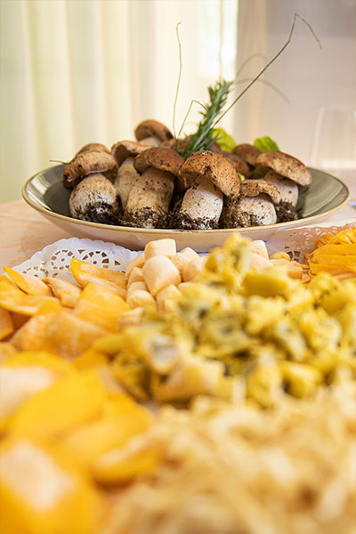 la_piazza_restaurant